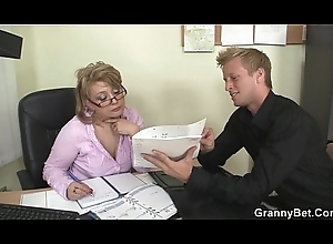 Sexy office sexual intercourse with grown up hustler