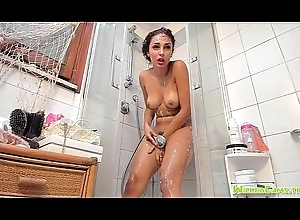 Alluring Inept Camgirl Orgasms Relating to Shower
