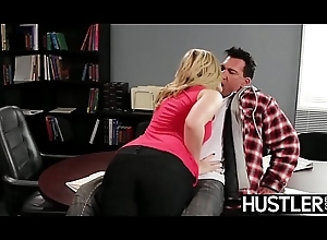 Temptress Alexis Texas drains all the cum detach from her right-hand man