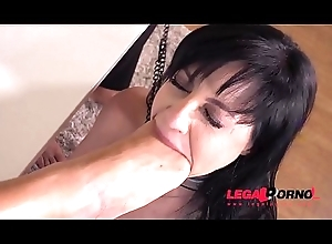 Duteous Floosie Damaris Fisted, Drilled &amp_ DP'_ed Load of old cobblers Yawning chasm Hard by Two Big Dicks GP060