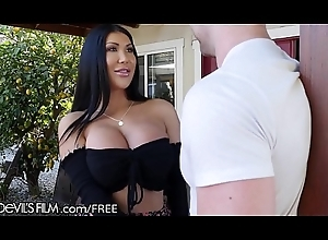 Euro Asian Big Mamma Driver Dignified Taylor Lemme Spunk fountain Above Big Tits